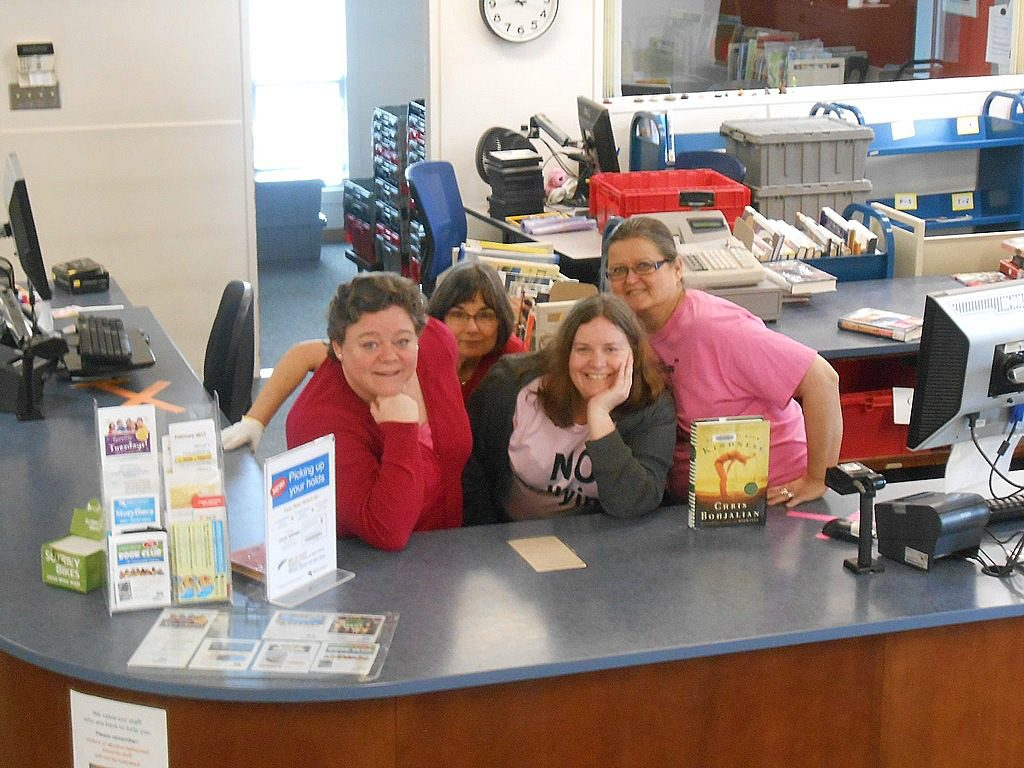 Pink Shirt Day 2017 -- Cloverdale Library